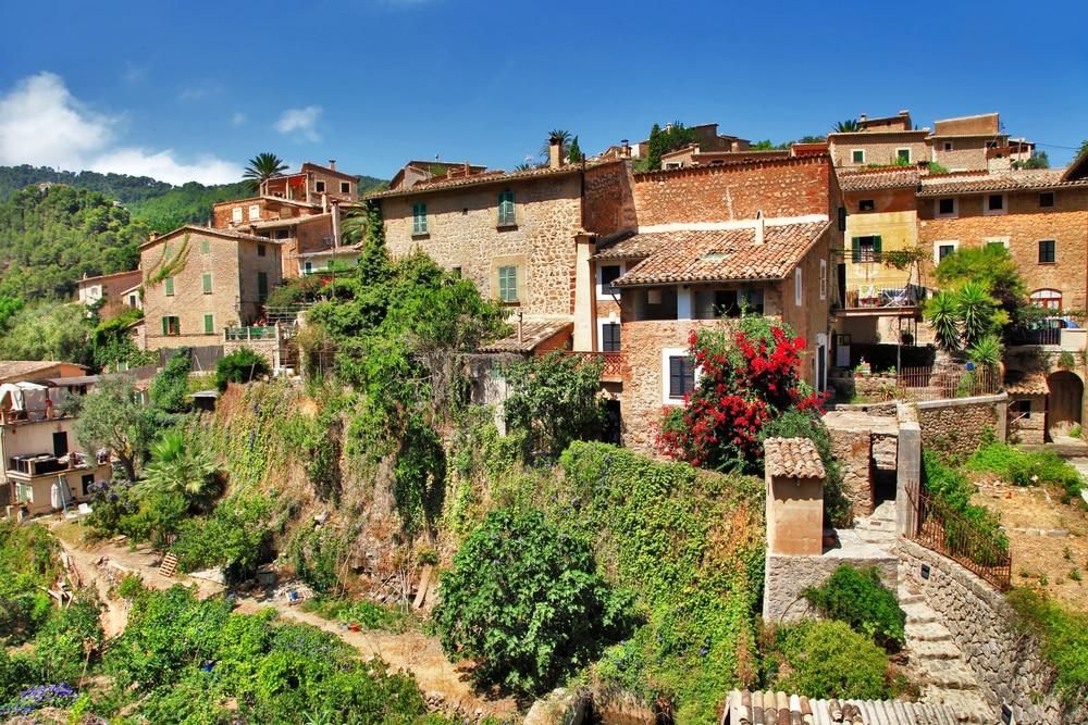 Pueblo de la Sierra Tramontana en Mallorca